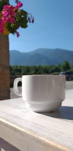 pirin mountains, coffee in bansko, coffee with a view of pirin mountains