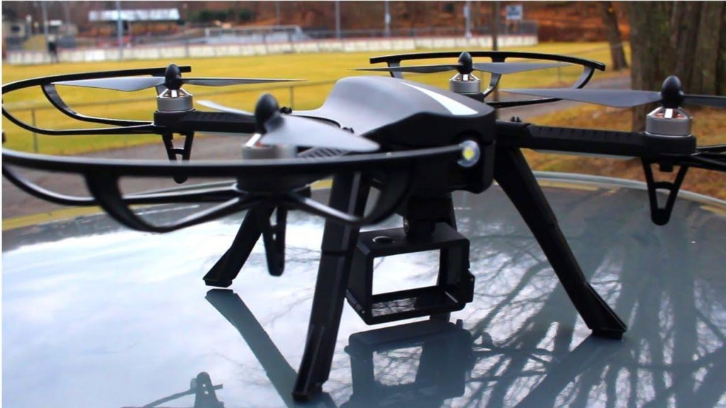 Force 1 F100 travel drone review